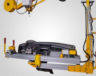 Accurate mounting for sensitive & complex Instrument Panel (IP) on a moving vehicle assembly line